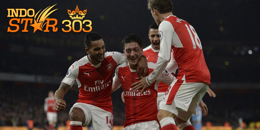 Agen Bola Terpercaya - Hasil Pertandingan Arsenal vs Stoke City